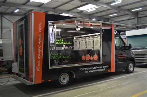 camion cuisine occasion camion food truck l 233 ger bcc fabricant de camions magasins