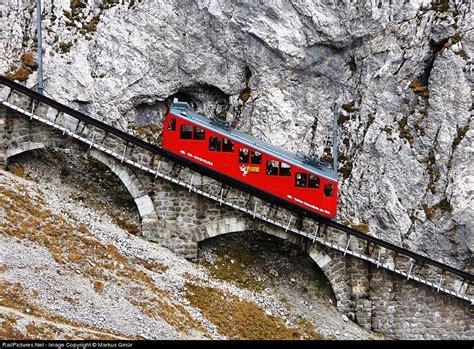 ferrovia a cremagliera the world s steepest cogwheel railway at mount pilatus