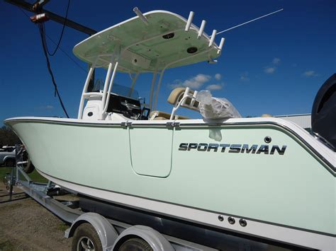 sportsman boats helm pad 2016 new sportsman boats heritage 251 center console