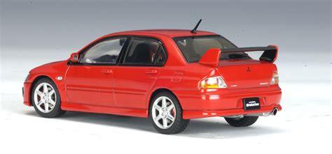 mitsubishi evo 8 red autoart mitsubishi lancer evo viii red 57181 in 1 43