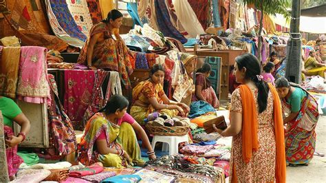 10 Best Delhi Markets for Great Shopping  Perfect Hub for