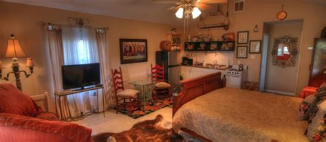 lake travis bed and breakfast robin s nest lake travis vacation rental