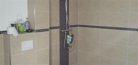 dusche mosaik streifen mosaik dusche raum und m 246 beldesign inspiration