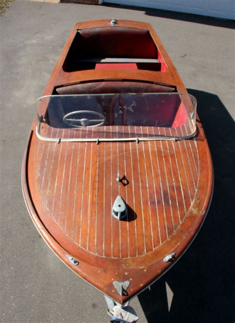 wooden runabout boat building 1949 16 playboy wooden runabout wooden boats
