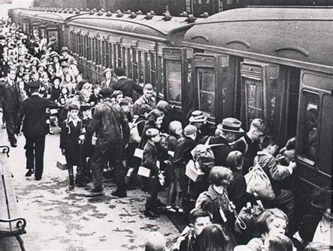 evacuation world war ii lime st liverpool evacuees in my liverpool home limes the o jays and children