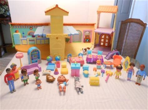 dora talking doll house dora the explorer talking playhouse dollhouse with 40 accessories ebay