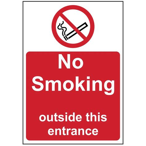 no smoking sign with stand no smoking sign outside this entrance smoking vaping signs