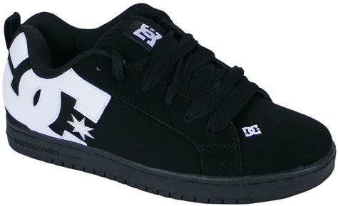 dc court graffik shoe black white carbon new