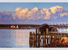 Prospect Harbor Lighthouse - Gouldsboro, Maine Kayak Hotels