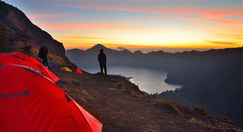 gambar kawah plawangan sembalun ketinggian 2639 meter gunung rinjani