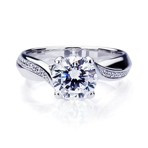 choose the type of metal for engagement ring gold or