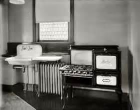 1920s Kitchen Design by Raising A Kitchen Revival Part 3
