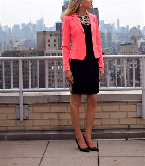 fashion blogs for women in 20s the classy cubicle electric elie the fashion blog for