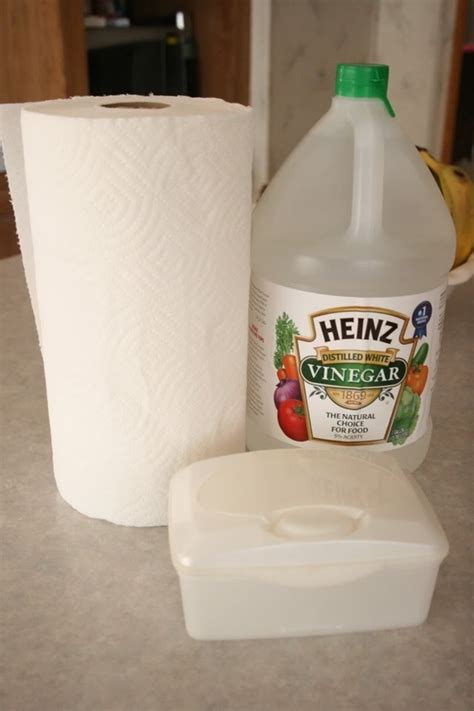 Make Your Own Paper Towels - your own disinfectant wipes paper towels vinegar