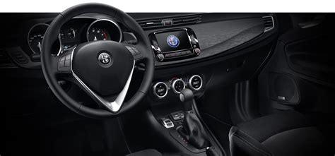 interni giulietta das auto der kompaktklasse alfa romeo giulietta base