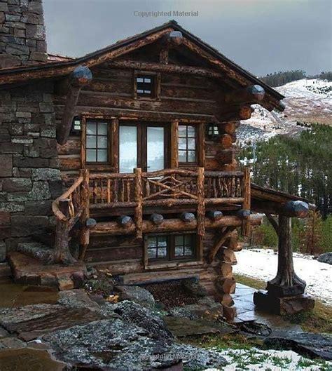 beautiful mountain cabin retreat habitation exterior