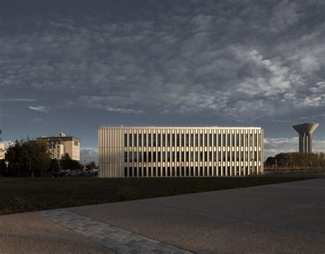 Mba Building by Hec School Of Management Mba Building E Architect