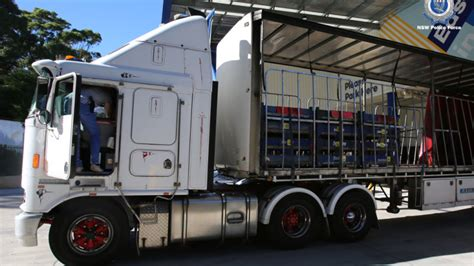 truck driver  encrypted phone   kilograms  illegal drugs
