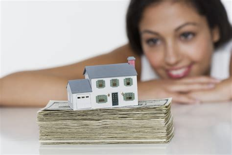 is this good time to buy a house is this the right time to be buying a house moneysense