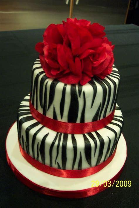 zebra pattern birthday cake zebra stripes birthday cake by uschi1 on cake central