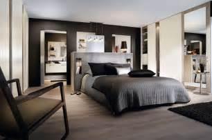 Attrayant Plan De Suite Parentale Dressing Et Salle De Bain #4: 1-mo_dres_chic_vp-ok.jpg?itok=UMLhYFjU