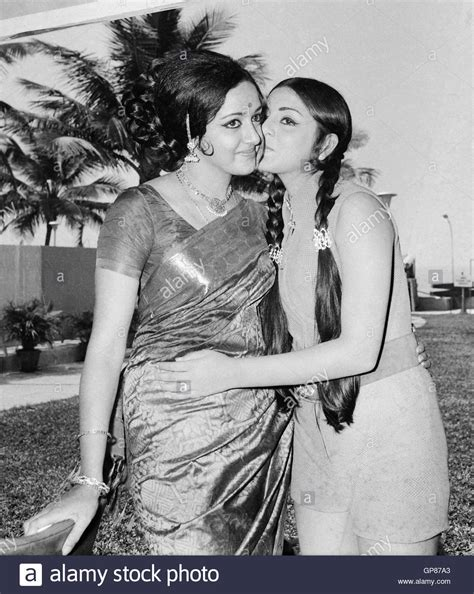 punjabi actress neetu pic e shopping indian bollywood actress hema malini and neetu singh