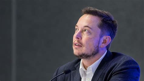 elon musk arrow elon musk says he ll quit trump s advisory councils if us