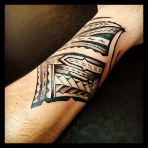 samoan wrist tattoos polynesian wrist 05282013 7 jpg 600 215 600 just 4