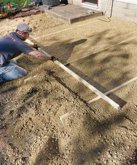 laying a paver patio doing it right how to lay a level brick paver patio