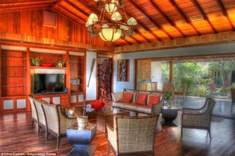 the obamas hawaiian holiday rental variety inside the obama family s hawaii vacation estate called