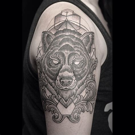 geometry background etching bear tattoo on shoulder best