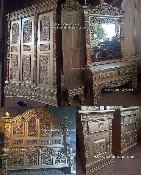 Almari 3 Pintu Mahkota Mebel Jepara Furniture set kamar jati jepara ukiran gebyok mahkota kayu jati