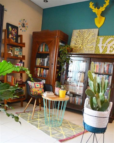 indonesian home decor 12 best inda and sony sulaksono s colorful home in