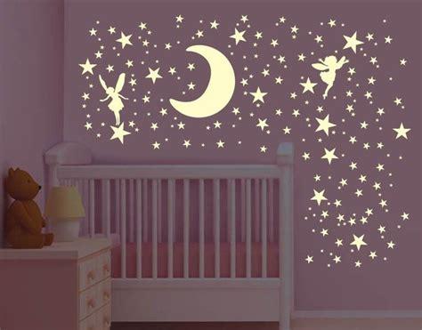 Leucht Wandtattoo Kinderzimmer by Leucht Wandtattoo Set Mond Mit Elfen Sternenhimmel