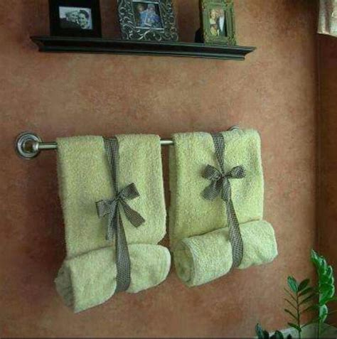how to fold bathroom towels for display best 25 folding bath towels ideas on pinterest folding
