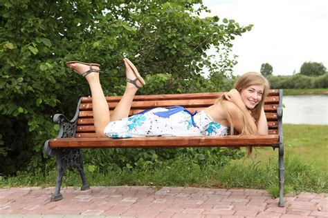 park bench tv show wallpaper girl park bench rest blonde blue eyes hd