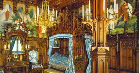 king ludwigs castle neuschwanstein royal bedroom places  visit  pinterest