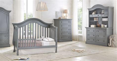 Baby Appleseed Crib Reviews by Baby Appleseed Davenport Crib And Dresser Package N