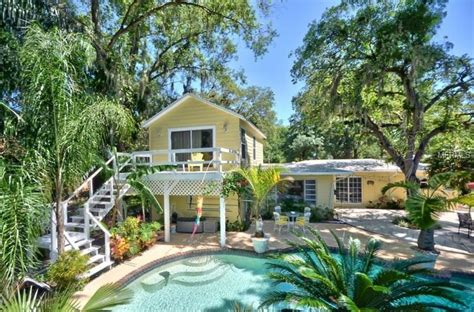 Garden Houses For Sale by Homes For Sale With Gorgeous Gardens Are Popping Up Like