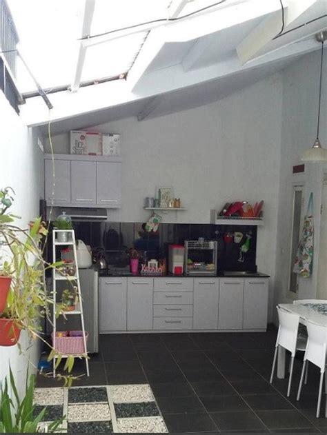 Rumah Minimalis Ada Taman Belakang