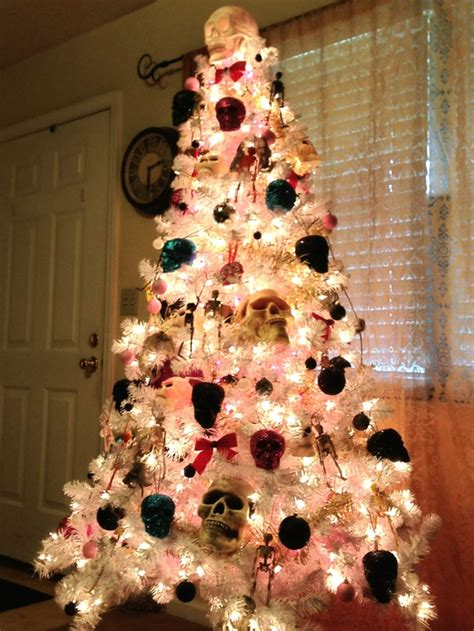 skull christmas tree toppers twenty trees that are creepier