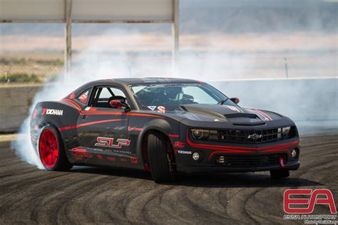 camaro pros and cons why buy a 2016 chevrolet camaro buying guide w pros vs