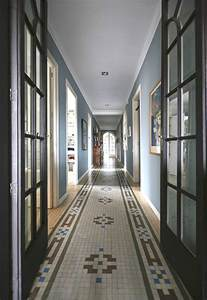 Moroccan Geometric Rug Hallway Decorating Ideas That Sparkle With Modern Style
