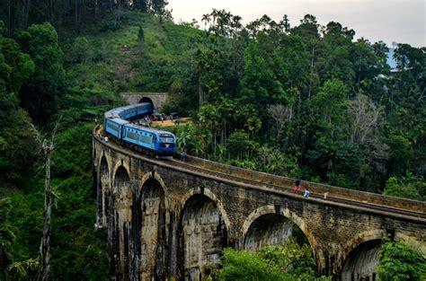 traveling sri lanka  train tips advice  itinerary