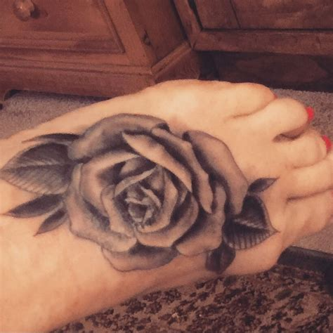 rose on foot tattoo 198 best images on ideas anchor