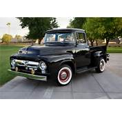 1956 FORD F 100 CUSTOM PICKUP  Front 3/4 154350