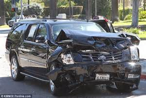 Cadillac Escalade Crash Cadillac Escalade Crash Pictures To Pin On