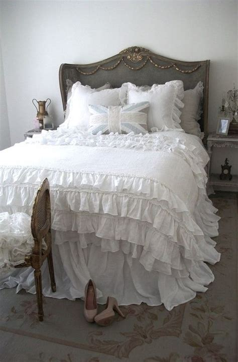 Shabby Chic Bedroom Decor by Picture Of Sweet Shabby Chic Bedroom Decor Ideas