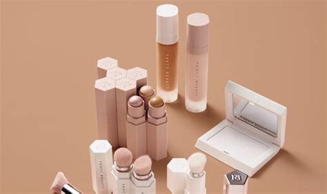 Preloved Glowing Complexion City Color Shade Universal best bet of the day fenty universal lip