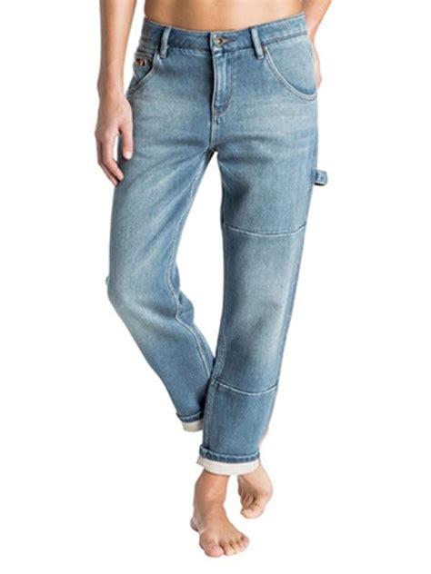 Celana Boyfriend Untuk 7 pakaian denim yang nggak lekang dimakan zaman fashion bintang